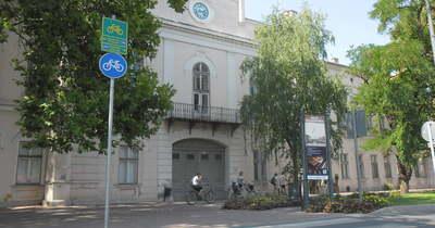 Rengeteg pénzért kelt el a makói régi városháza