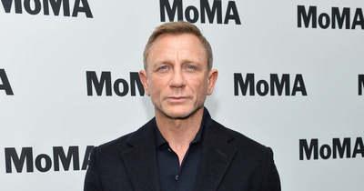 Ezrek bámulták meg Daniel Craiget egy üzletközpontban, így még senki nem látta – Fotók