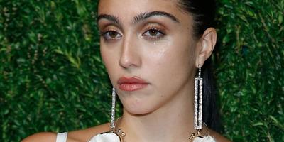 Brutális: Saját magát fogdossa legújabb fotóján Madonna lánya - Fotó (18+)