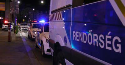 Állig felfegyverzett rendőrök lepték el Nemeskér utcáit: borzalmas, mit találtak - videó