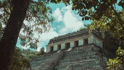 Egy vulkánkitörés romjaiból építették a maja piramist