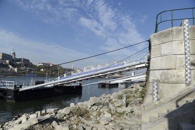 Annyira nincs víz a Dunában, hogy már szivattyúzni kell bele Budapestnél