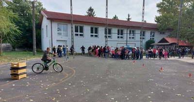 A biztonságos kerékpározást gyakorolhatták a gyermekek Kőtelken