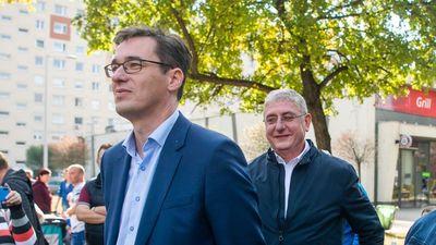A magyar baloldal zokszó nélkül hajtaná végre Brüsszel utasításait