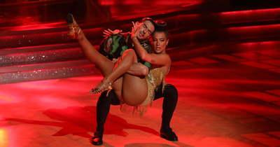 Tóth Andi ezzel a szexi tánccal üzent a bírálóinak