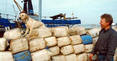 Szokatlan útvonala buktatta le a kábítószert csempésző halászhajót