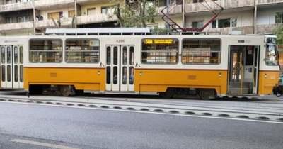 Durva látvány: kisiklott egy villamos a Bartók Béla úton