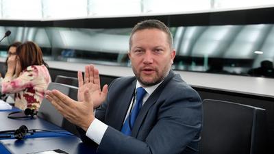Ujhelyi István (Facebook): Guten Morgen, érkezik Orbán Viktor rémálma?!