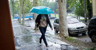 Villámlás, eső is jöhet: figyelmeztetést adtak ki Heves megyére
