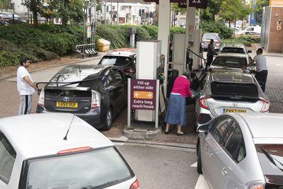 Tovább durvul a benzinhiány