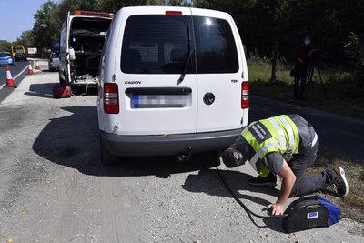 Többnapos razzia indult az utakon, a megbukott autókat műszaki vizsgára is küldhetik