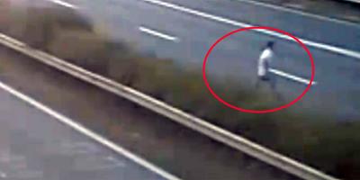 Életveszély az M1-esen, egy bódult férfi tántorgott át a sávok között - videó