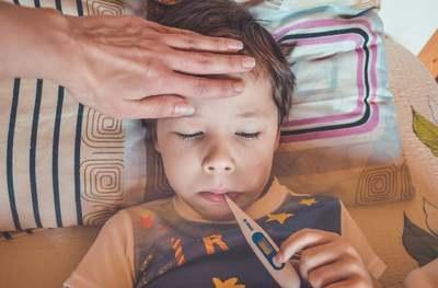 6+1 jel, amikor érdemes azonnal orvoshoz fordulni a lázas gyerekkel