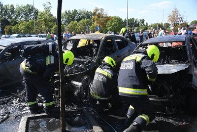 Nagyon pórul járhat, ha egy másik autó miatt ég porrá a kocsija, megtagadhatják a kártérítést