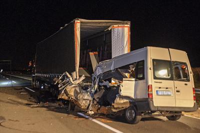 Abonyi kisbuszbaleset: a vétlen kamionsofőr még sose látott ehhez fogható szörnyűséget