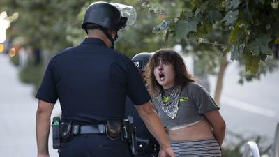 Mutasd a Facebookod, avagy így igazoltat a Los Angeles-i rendőrség