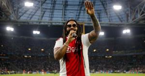 BL: Bob Marley fiával énekeltek az Ajax-szurkolók – videó