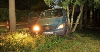 A rendőrök nyerték az autós üldözést Bucsuban, az embercsempész árokba hajtott