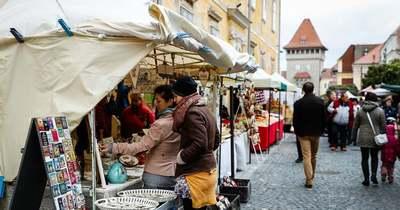 Rengeteg program várja a hétvégén Vas megyében: Orsolya-napi vásár is lesz Kőszegen