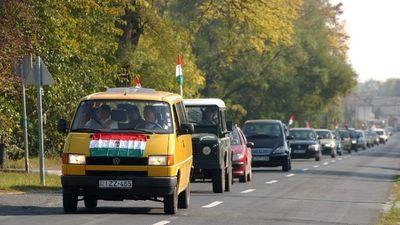 Balaton-kerülő autós felvonulással tiltakoznak a baloldali hazugságok ellen