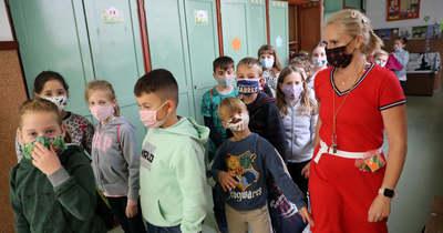 Ebben a csabai iskolában hétfőtől kötelező maszkot viselni