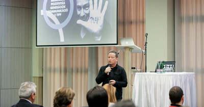 A duális szakképzés kérdéseit vitatták meg Egerben