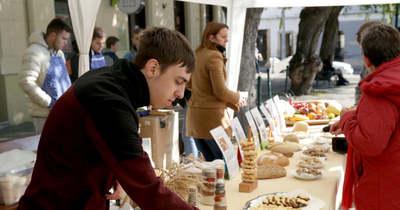A kenyér világnapját ünnepelték a Garay téren