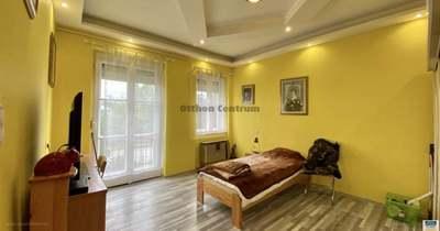 10,5 millióért ilyen szép, felújított lakáshoz juthat valaki Nagykanizsán!