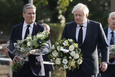 Boris Johnson a pénteken meggyilkolt parlamenti képviselőre emlékezett