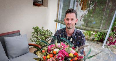 Nardai Bálint sorokpolányi virágkötő a virágok szerelmese – Munkája révén a párok nagy napja is boldogabb