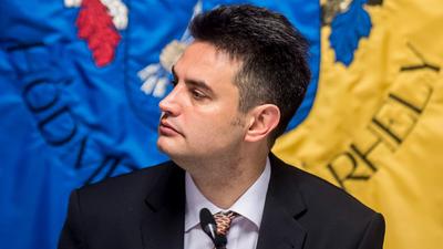 Volner János (Facebook): Érdemes belegondolni, melyik pártnak a legkellemetlenebb Márki-Zay előretörése