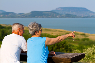 Újabb segítség a kormánytól a nyugdíjasoknak