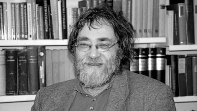 Elhunyt Kálmán C. György