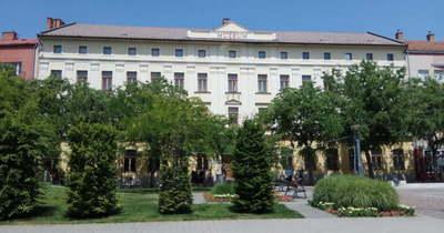Megpályáztatják a Damjanich János Múzeum igazgatói posztját