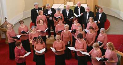 Schenk Andrásné emlékére énekelt az öt dunántúli kórus