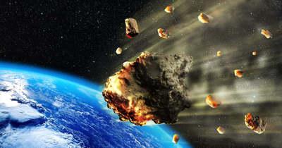 Félelmetesen nagy aszteroida közelít a Föld felé