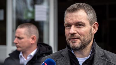 Volt szlovák kormányfő: Résen kell lennünk, hogy Orbán nem csinál-e bolondot belőlünk