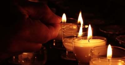 Öt gyerek maradt árván: elutasította az oltást a házaspár, mindketten meghaltak