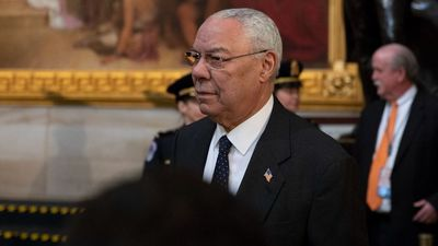 Meghalt Colin Powell