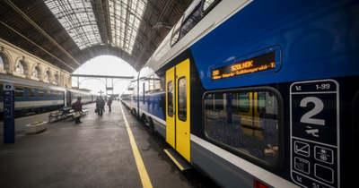 Ezentúl a szolnoki vasútvonalon is utazhatunk emeletes vonattal