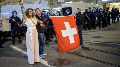 Már a naptárba is be lehet írni a koronatüntetéseket Svájcban