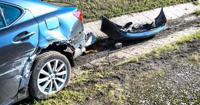 Szalagkorlátnak ütközött egy autó az M7-es autópályán