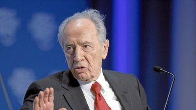 Szexuális zaklatással vádolják a néhai Simón Pereszt