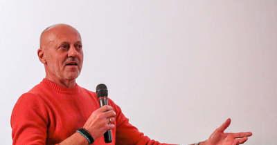 Emberi bestiák bűntudat nélkül – Doszpot Péter sorozatgyilkosokról tartott előadást Szombathelyen