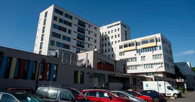 Részleges látogatási tilalmat rendeltek el a hatvani kórházban