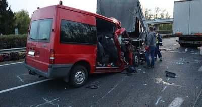 Itt vannak az első fotók az öt ember halálát okozó M1-es balesetről