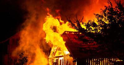 Teljes terjedelmében égett egy melléképület Jászalsószentgyörgyön