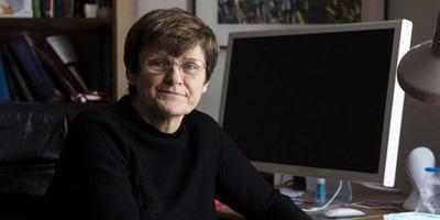 Nyilvánosan sírta el magát Karikó Katalin: ez már neki is sok volt - Videó