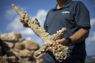 Különleges középkori kardleletet találtak Izraelben - galéria