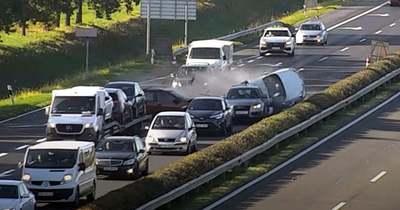 Fékezés nélkül rohant a kocsisorba az M1-esen egy autós Lébénynél – videó